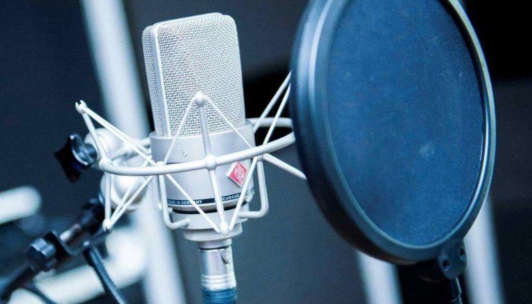 Mikrofonda Oyunculuk Eğitimi (Diksiyon, Seslendirme ve Dublaj)