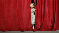 Tiyatro Eğitimi (9-13/14-18 Yaş)